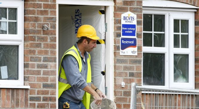 Bovis swoops with offer for rival Galliford Try