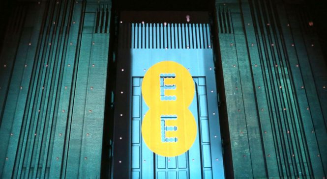 EE stops selling Huawei phones as it launches 5G