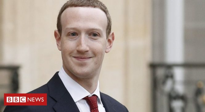 Facebook's Mark Zuckerberg 'survives' leadership vote