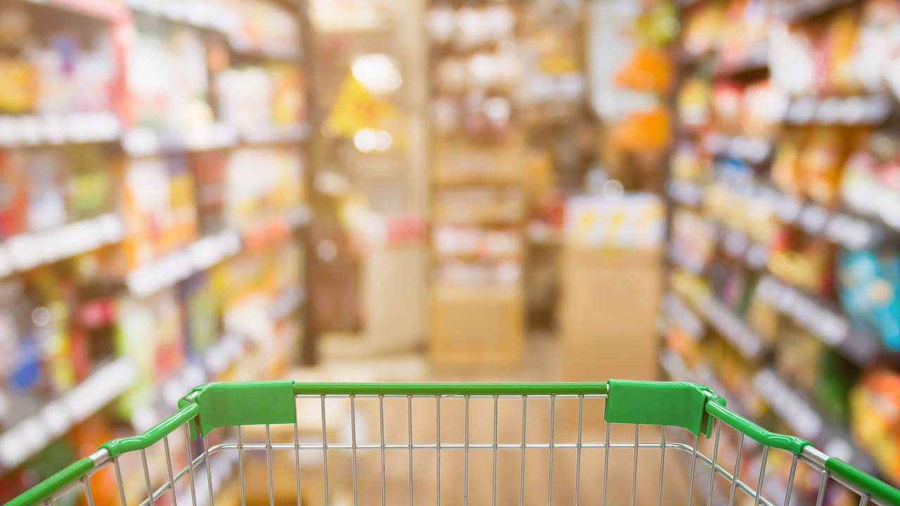 Cross These 7 Items Off Your Grocery List to Lose 2 Pounds in 2 Weeks