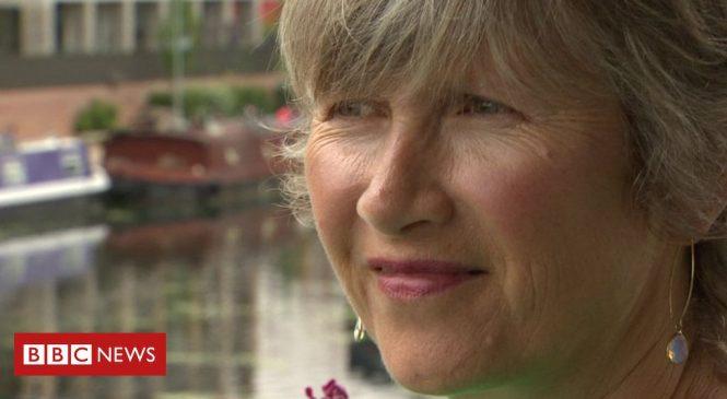 Ovarian cancer drug olaparib 'can delay disease in newly diagnosed'