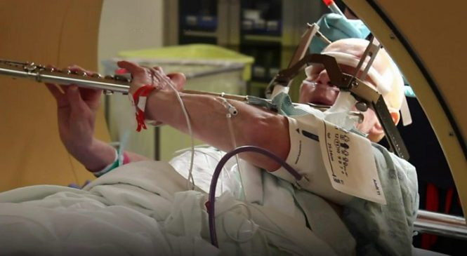 Music 'calms nerves before surgery' as well as sedative