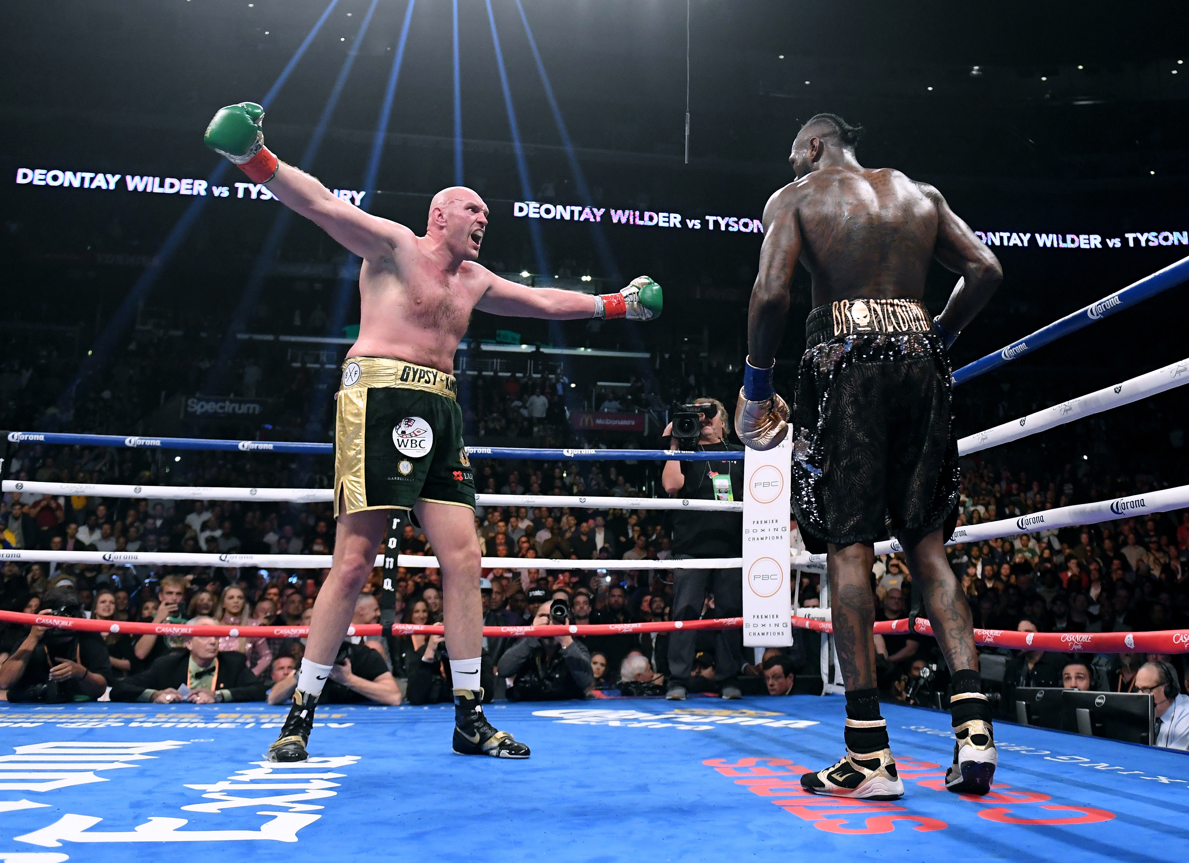 The first fight between Tyson Fury and Deontay Wilder was a thriller