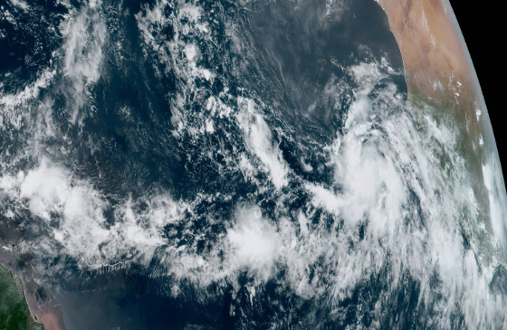 Tropical Storm Lorenzo expected to strengthen into major hurricane