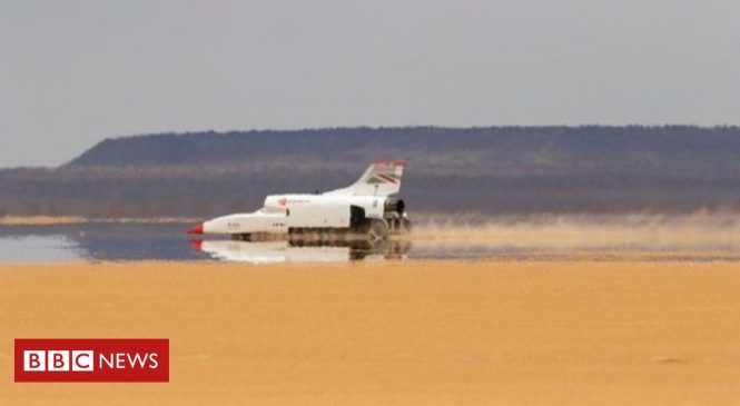 Bloodhound takes first drive across the desert