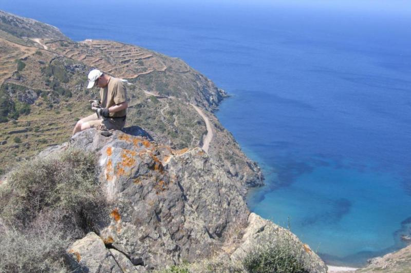 Geologists locate source of chemical signature in ancient volcanic rocks