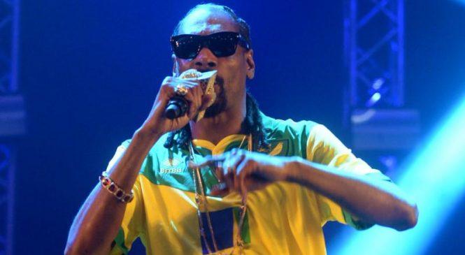 University of Kansas apologizes for Snoop Dogg's show