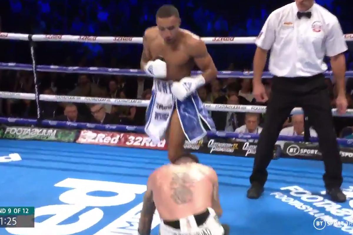 Boxing news: Zelfa Barrett floored by eye-watering low blow, knocks opponent out in following round on Josh Warrington undercard