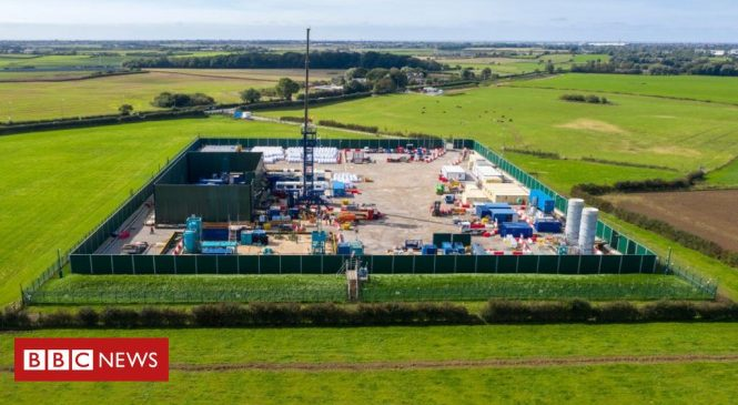 Fracking halted after government pulls support