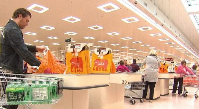 Sainsbury's sales and profits fall despite price cuts