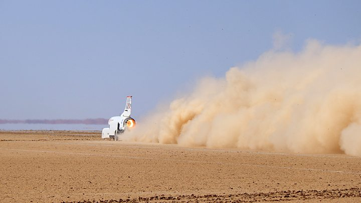 Bloodhound land speed racer blasts to 628mph