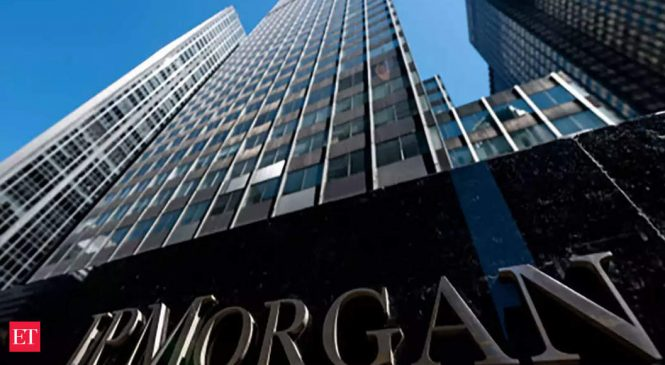 JP Morgan hires bankers to boost corporate client services