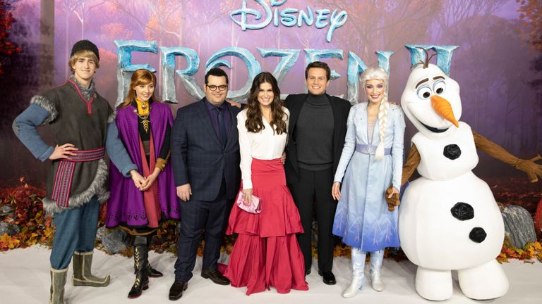 Frozen II stars at European premiere