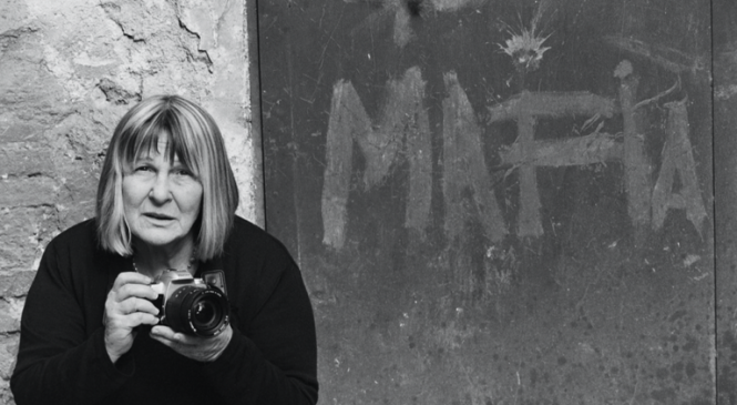 Shooting The Mafia: How female photographer captured the mob