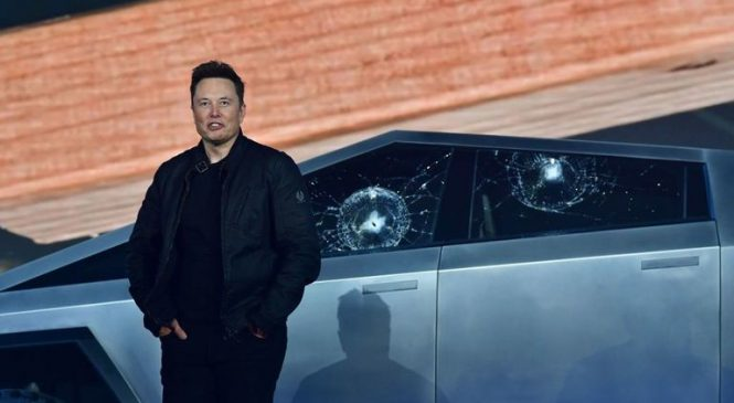 Tesla Cybertruck's windows shatter during demo