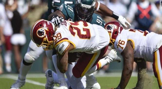 Redskins RB Derrius Guice suffers knee injury vs. Packers, will undergo MRI