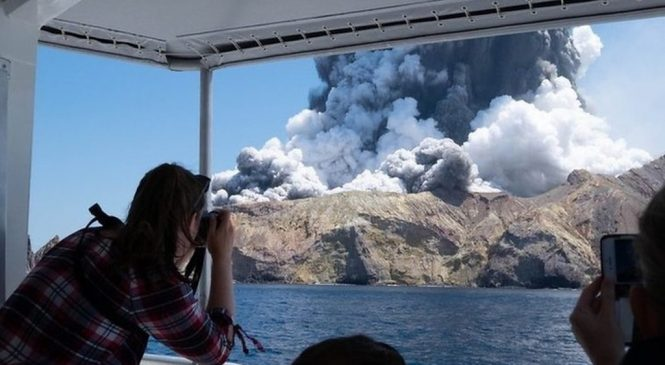 New Zealand volcano: Five dead and eight missing after eruption