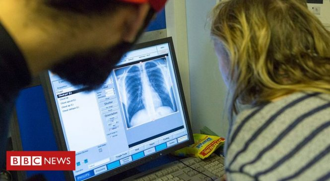 'Outdated' IT leaves NHS staff with 15 different computer logins