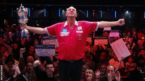 BDO darts: Champion Wayne Warren to receive lowest prize since 1989