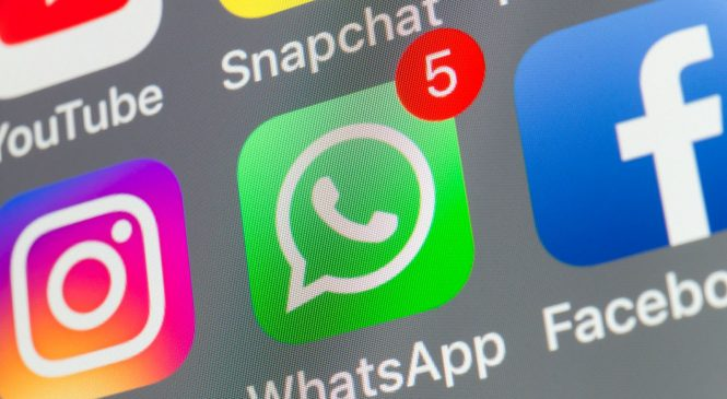 Record 100 billion WhatsApp messages sent on New Year's Eve