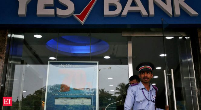 Yes Bank depositors rush to ATMs but most unable to withdraw cash