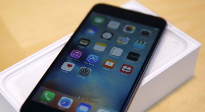 Apple agrees to pay $500m over claims it slowed down old iPhones