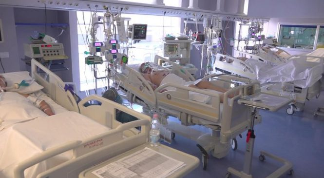 'Everyone dies alone': Heartbreak at Italian hospital on brink of collapse