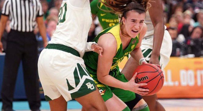Oregon star guard Sabrina Ionescu wins John R. Wooden Award