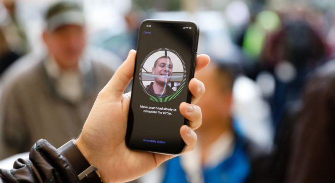 Apple changes Face ID so users don't have to remove masks