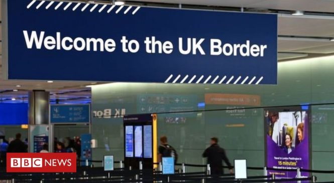 Coronavirus: French arrivals exempt from UK quarantine plans