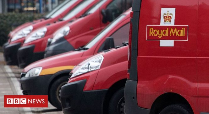 Royal Mail set to cut 2,000 management jobs