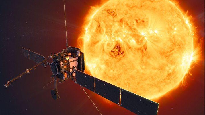 Solar Orbiter: Europe's Sun mission makes first close pass