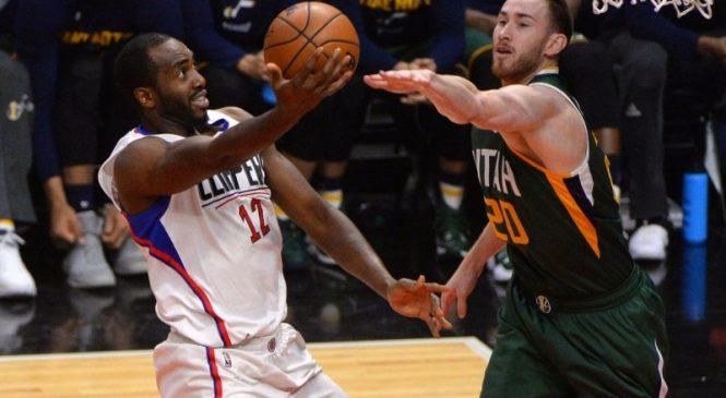Houston Rockets signing Luc Mbah a Moute; Thabo Sefolosha opting out