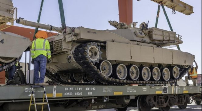 Marine Corps moves deactivated tanks, heavy equipment by rail