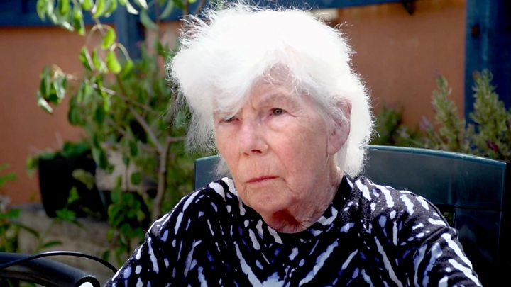 Coronavirus: Dementia patients 'deteriorating' without family visits