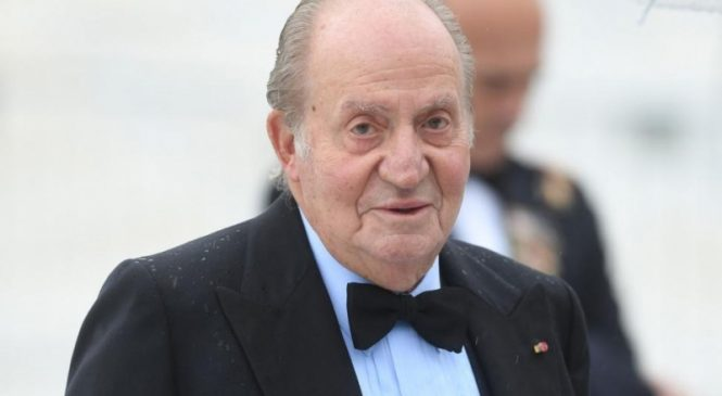 Former Spanish king Juan Carlos announces he'll self-exile amid financial scandals