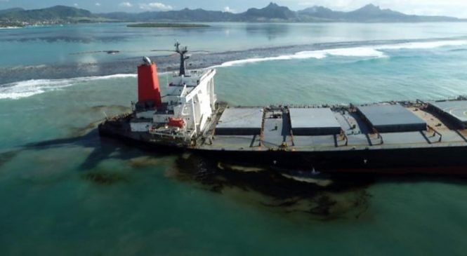 Mauritius oil spill: Almost all fuel oil pumped out of MV Wakashio