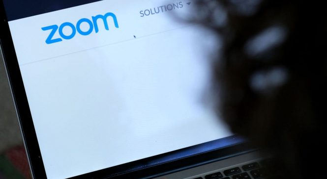 Zoom outage leaves users unable to hold video meetings