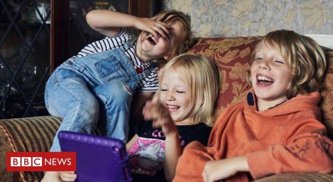 Coronavirus: Children behind rising demand for tests in England