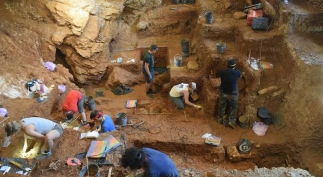 Modern humans moved into Western Europe 5,000 years earlier than previously thought