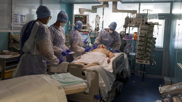 Most ICU beds in Laveran hospital are now occupied by people with COVID-19
