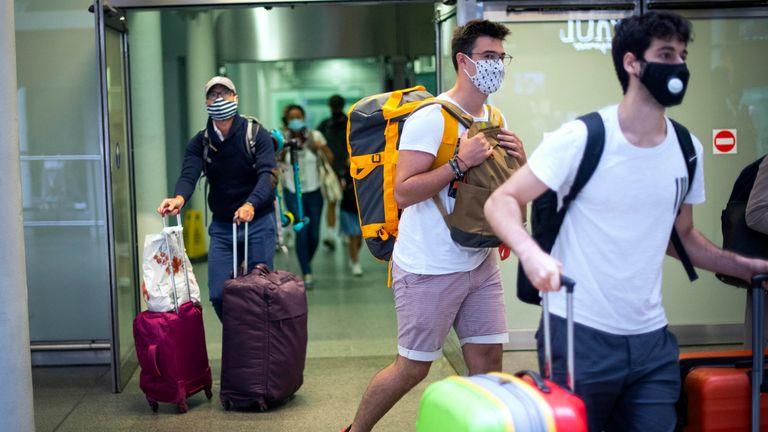 EasyJet cuts capacity as virus fears knock passenger confidence