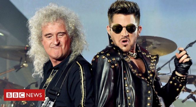 Queen top UK album chart for first time in 25 years