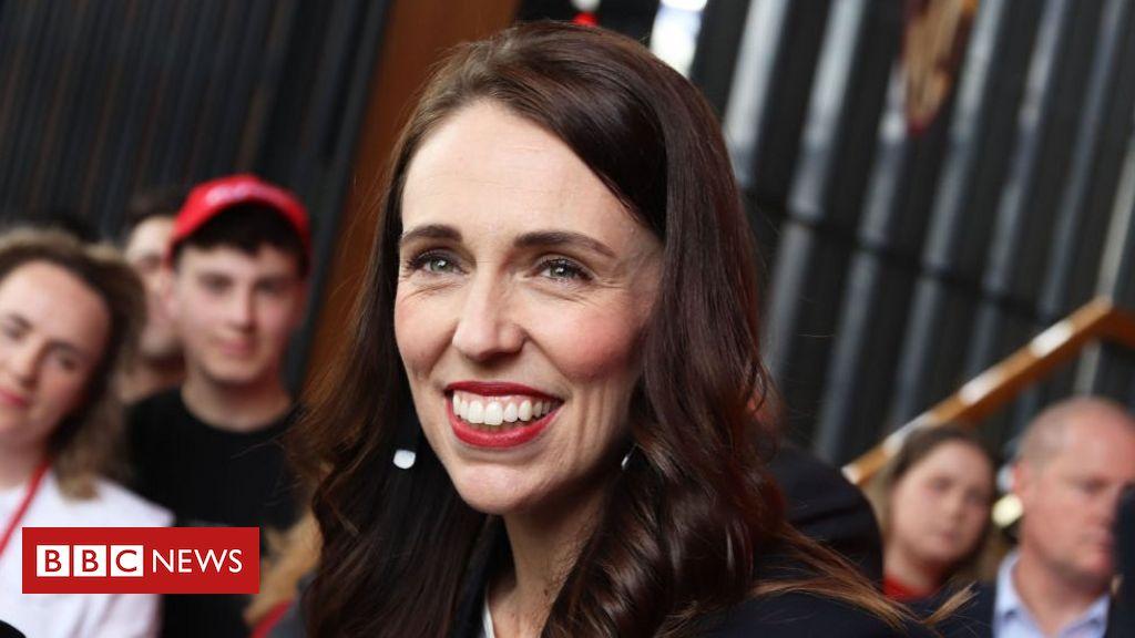 Jacinda Ardern eyes majority as New Zealand votes