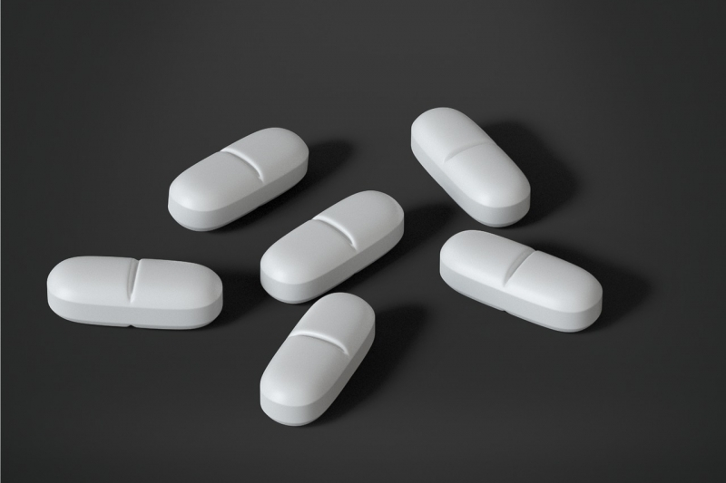 Opioid use increases risk of death in older adults after outpatient surgery, study says