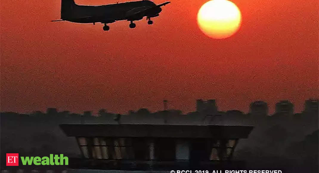 India's top court orders airlines to refund bookings during coronavirus lockdown