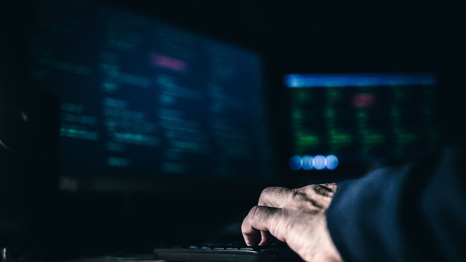 US hospitals facing 'increased and imminent cybercrime threat', FBI warns