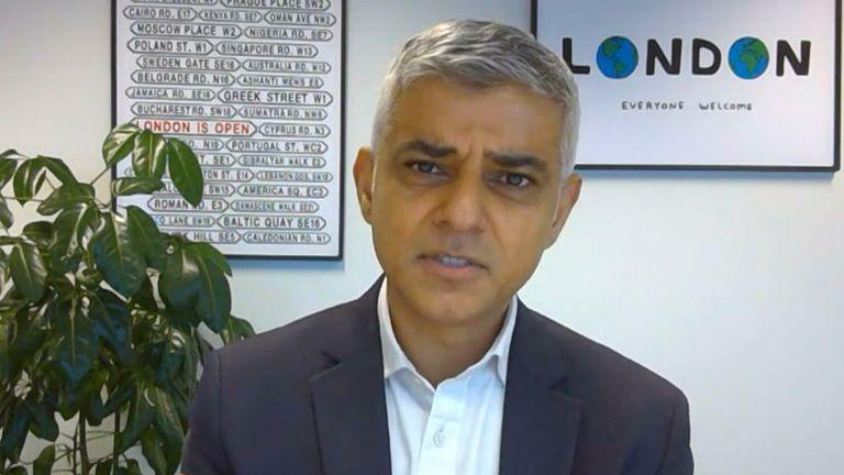 250,000 London hospitality jobs on brink, Khan warned