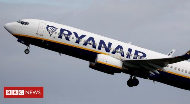 Covid: Ryanair will not offer refunds for November flights