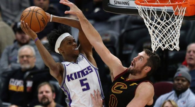 Sacramento Kings' De'Aaron Fox signing 5-year, $163M max extension